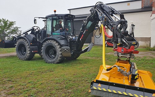 Huddig's electric hybrid version, Tigon, based on its popular backhoe loader.